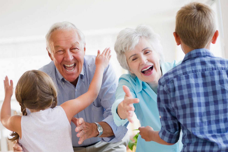 family caregi alzheimers effects - HD2197×1465